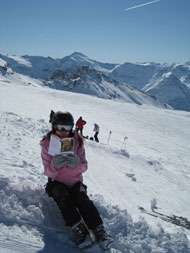 Rebecca reads The Lost World at 3450 metres in Val d'Isere.